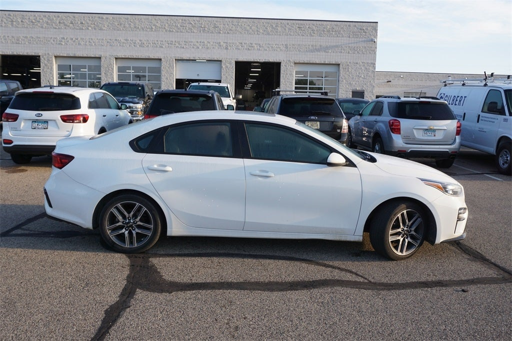 Certified 2019 Kia FORTE S with VIN 3KPF34ADXKE031910 for sale in Lakeville, Minnesota